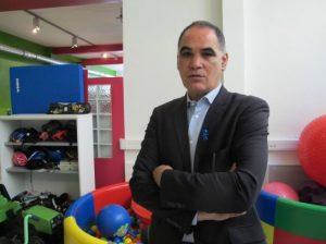"""M'hammed Saiji, le président de l'association """"Vaincre l'Autisme"""" est en grève de la faim"""